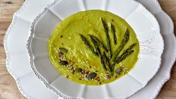 vellutata di avocado e asparagi ricetta